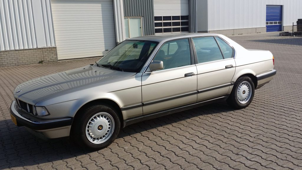 bmw-735i-e32-1987-1