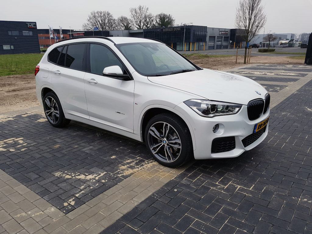 bmw x1 20i 2018 test. Black Bedroom Furniture Sets. Home Design Ideas